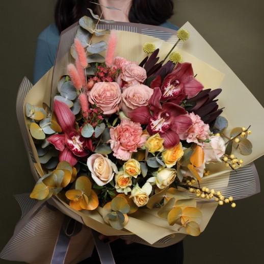 """Оригинальный авторский букет цветов с орхидеей  """"Гармония"""""""