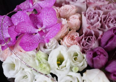 """Коробка цветов """"Real love"""""""
