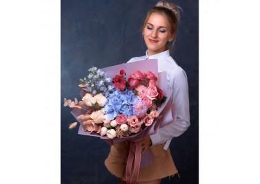 "Букет цветов ""Лепесток ночи"""