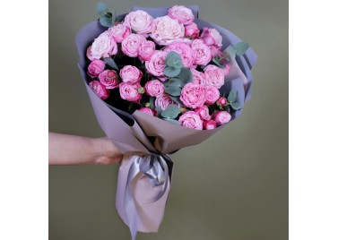 Букет из 9 веток розового Бомбастика