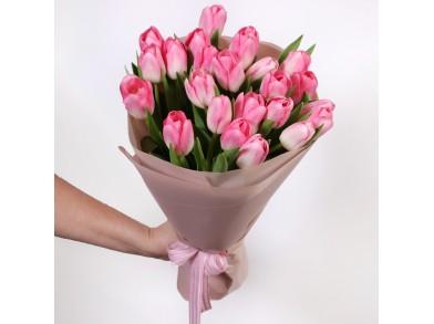 букет из 23 розовых тюльпанов
