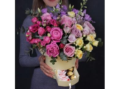 """Цветы в коробке """"Для очень сильных чувств"""""""