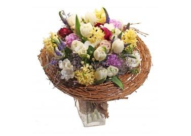 """Букет цветов на каркасе """"Пробуждение весны"""""""