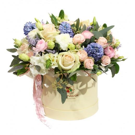 Цветочная композиция в коробке Аромат весны