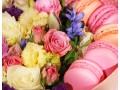Цветочная композиция в коробке Закрытое сердце