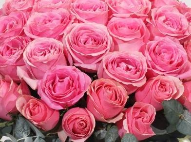 "Шляпная коробка из роз ""Розовая Мечта"""