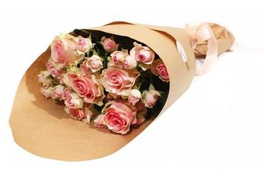 Букет из Розы и Розы Спрей