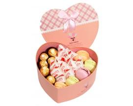 """Коробка конфет """"Любовь сладкоежки XL"""""""