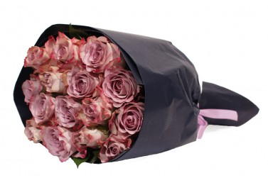 Букет из 15 роз Мемори Лейн