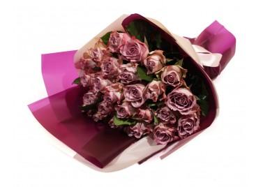 Букет из 25 роз Мемори Лейн