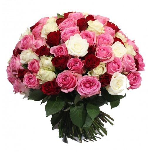 Пышный букет из 101 Розы разных сортов