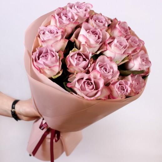Оригинальный Букет из 15 роз Мемори Лейн
